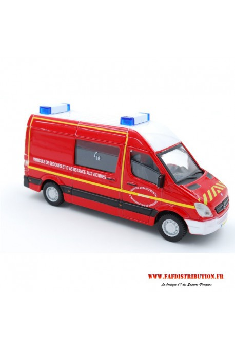 Ambulance Mercedes Benz Spinter 1/48